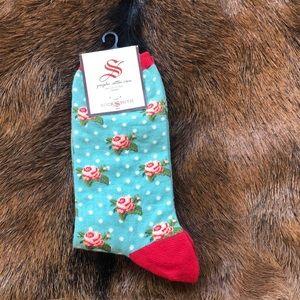 Distsy floral boho kitsch socks ✨🌻🌵🌿🦅